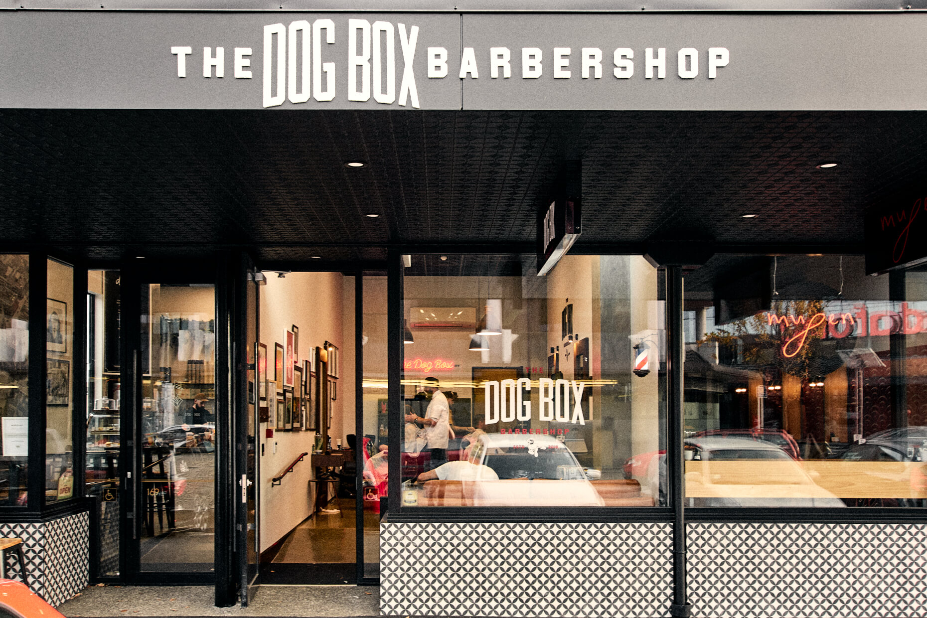 The_Dog_Box_Barbershop_01